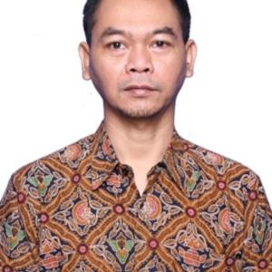 Iskandar Bukhori, SE., SH., M.Si.